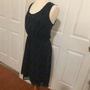 Hi-low dress sleeveless preowned. Sheer w/lining